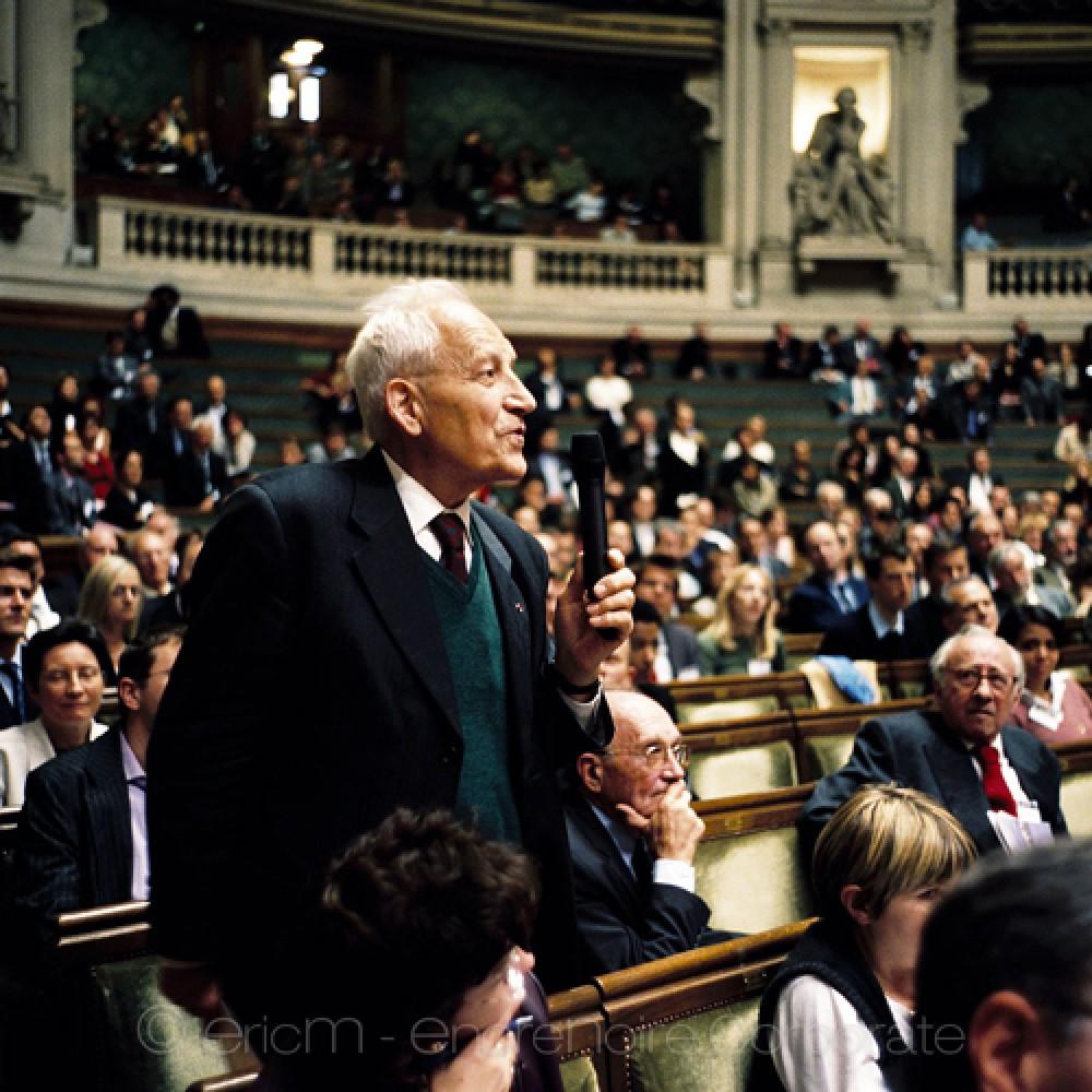 https://www.encrenoire-corporate.com/imagess/topics/conseil-d-etat-reportages-colloques-et-conferences/Conseil-d-Etat-500.jpg