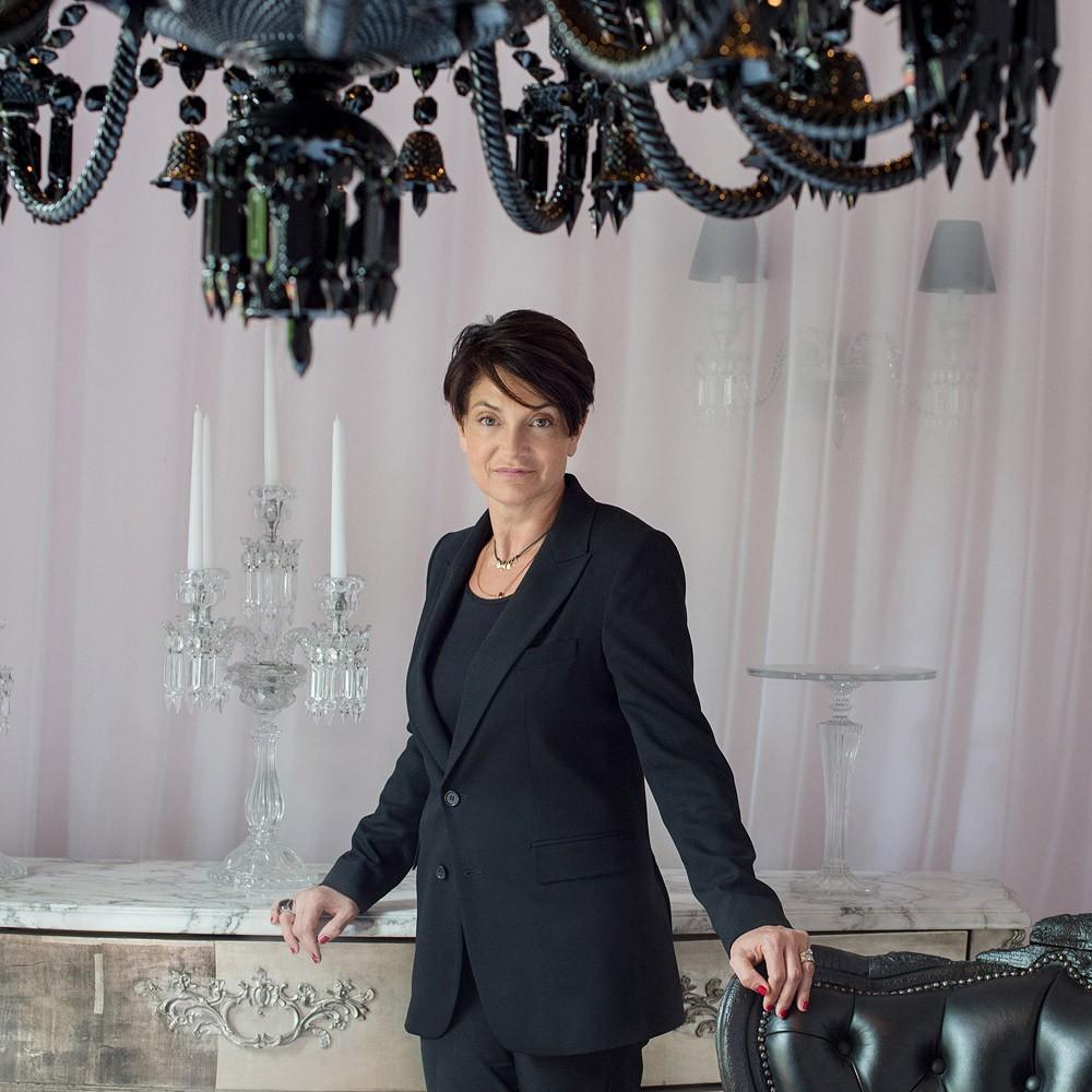 https://www.encrenoire-corporate.com/imagess/topics/portrait-de-daniela-riccardi-directrice-generale-de-baccarat/Daniela_Riccardi-Baccarat.jpg